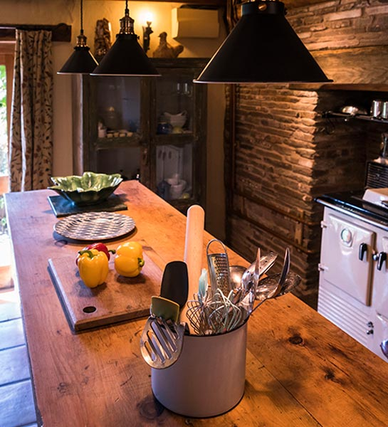 The Barn's country kitchen